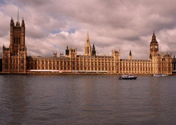 Parliament by stevebidmead