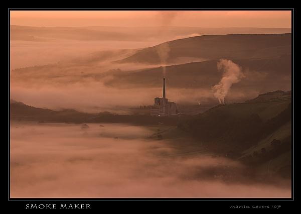 SMOKE MAKER by martinl