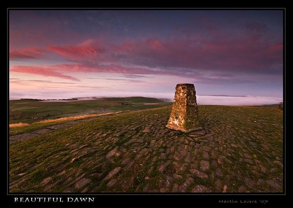 Beautiful Dawn by martinl