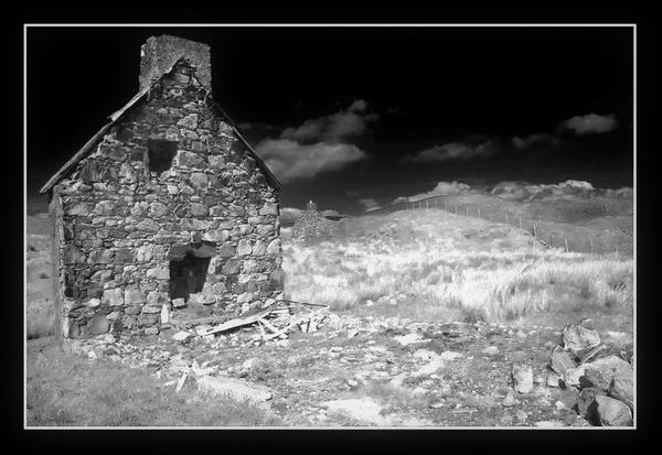 Ruin by juldon
