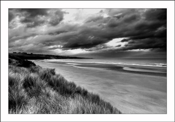 Storm Aprroaching by scott_jessuk