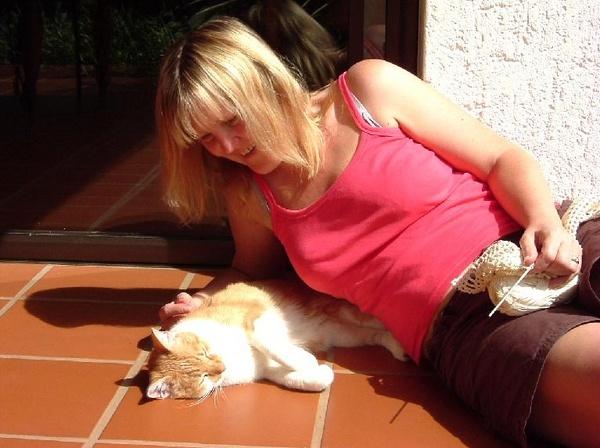 Lady with Cat by Hughmondo