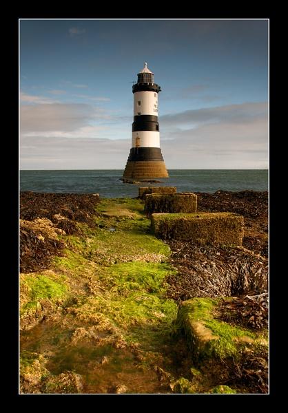 Penmon Lighthouse by jeanie