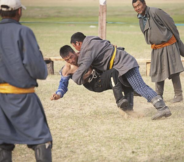 Mongolian Wrestlers by ahollowa