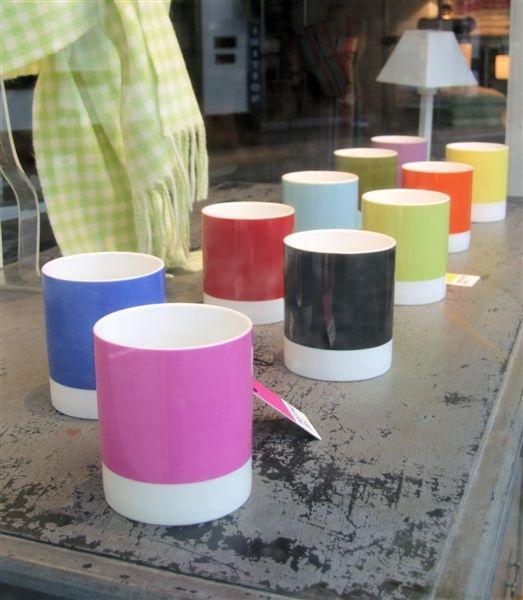 Shop window mugs by Philipo
