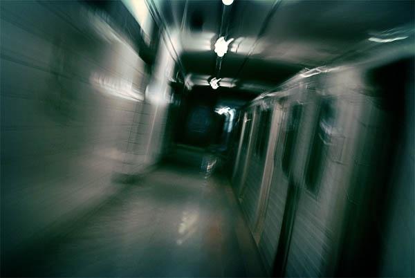 Subway Vortex by azhurian
