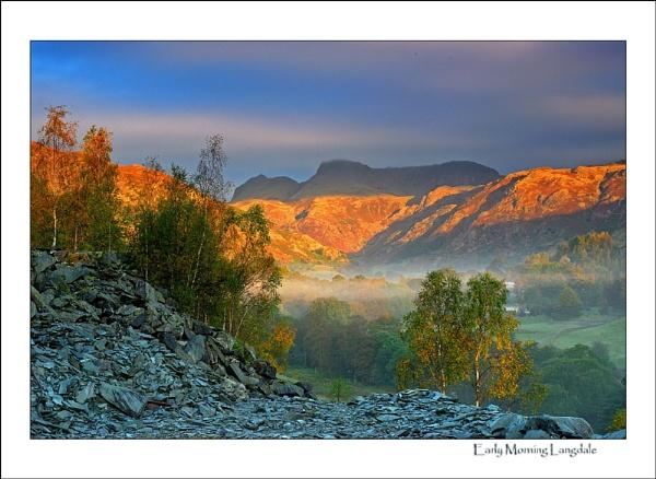 Langdale Sunrise by gnospellius