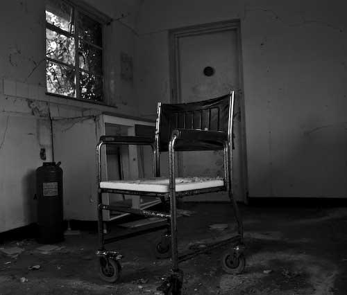 abandoned by dazloz