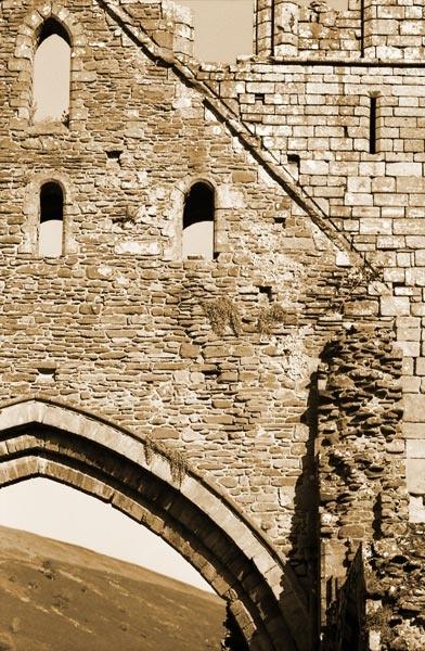 Llanthony Abbey by Maesyrhaf265
