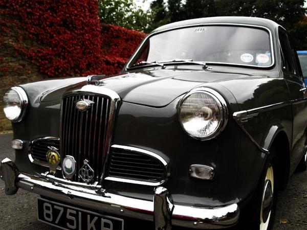 Vintage Auto by J0_jo