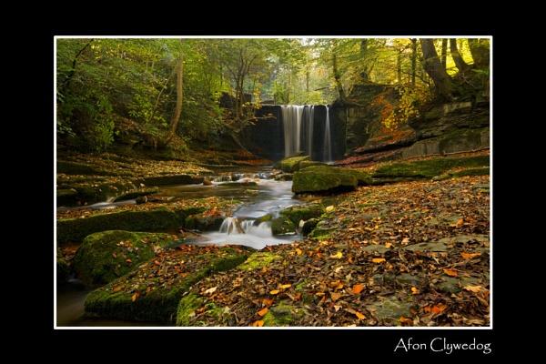 Clywedog Falls by robway