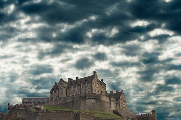 Another Edinburgh Castle by p3asa