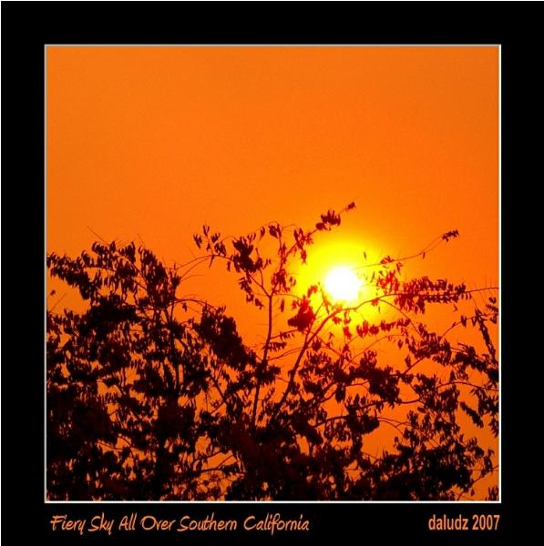 Fiery Sky/Southern California by LourdesV