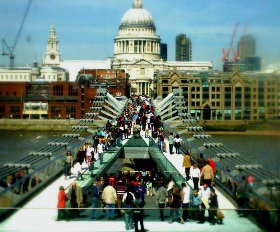 London by Kaltri