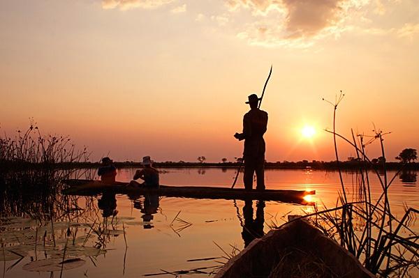 Mokoro Sunset by michellec