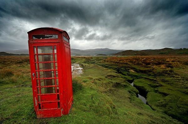 Telephone Box by dersk