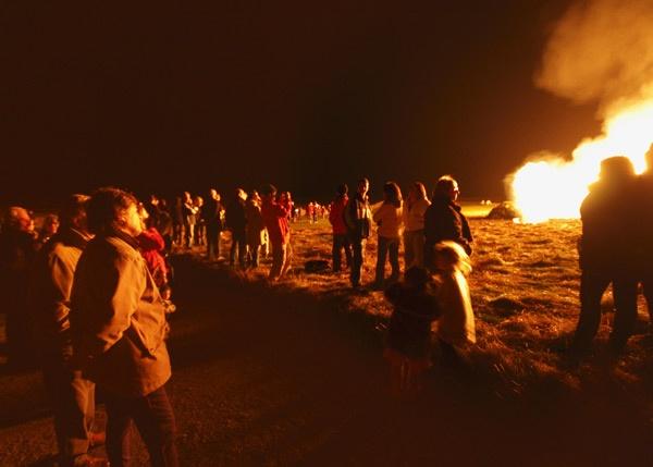 Lindisfarne Bonfire by albyn