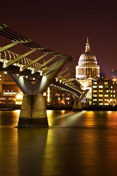 Millenium Bridge by Gareth_H