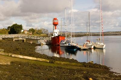 lighthouse ship by peterhookwilde