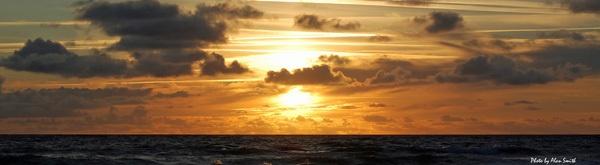 sunset by AlanSmith