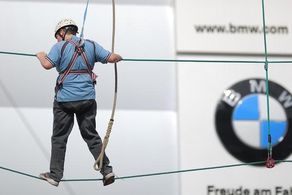 BMW ...  way up by RobertZ
