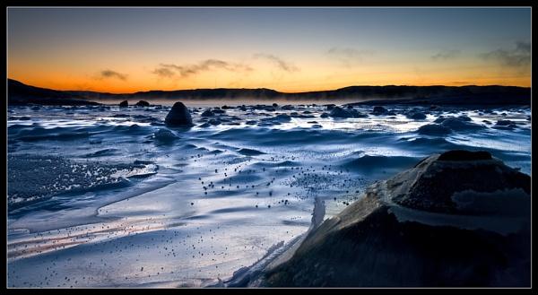 Frozen bay by teodor