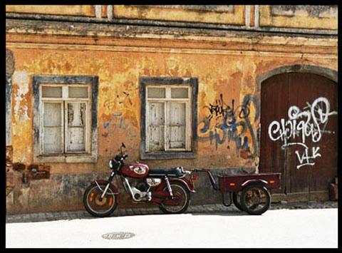 Motorbike captured in hard sunlight by avocet