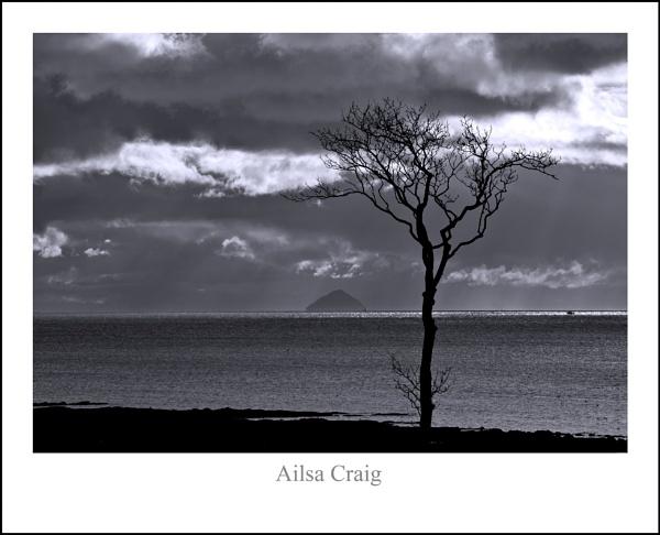 Ailsa Craig... by Scottishlandscapes