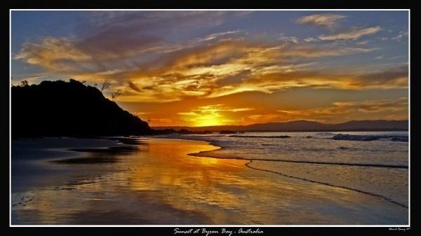 sunset at byron by davidsaenzchan