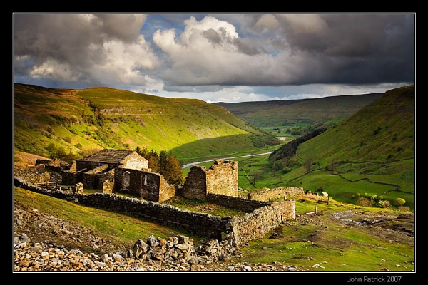 Crackpot Hall, Swaledale by newfocus