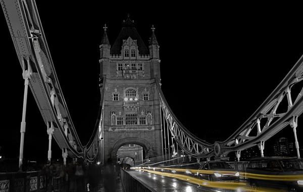 Streaks over Tower Bridge by EPZSam
