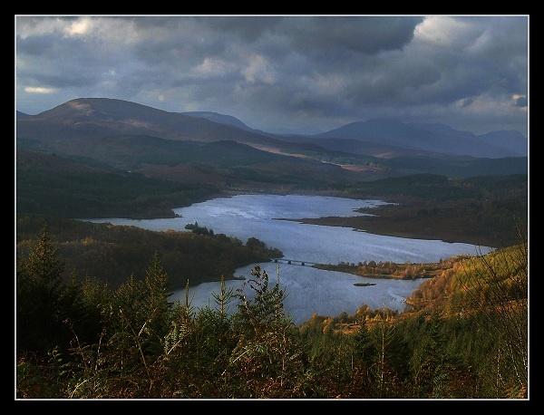 Loch Garry in Autumn by AliMurray