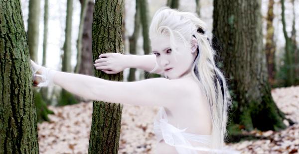 Ice Elf #2 by xanda