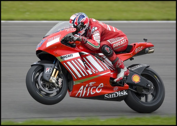 Casey Stoner 2007 by speed_images