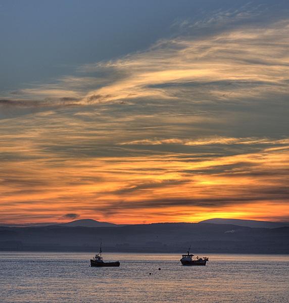Lindisfarne Sunset by albyn