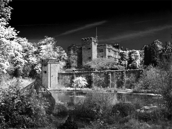 Caverswall Castle by TinyTog