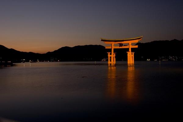 Miyajima sunset by soulhunter