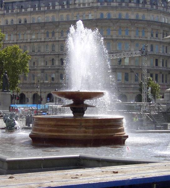 fountain by ellaw
