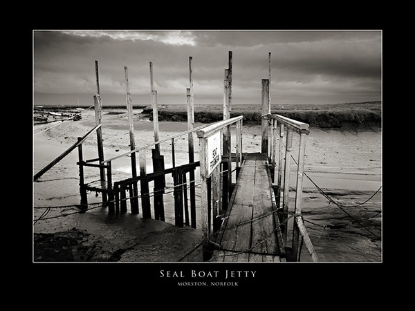 Seal Boat Jetty by ChrisTaylor1972