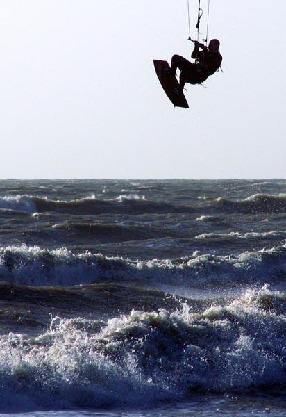 Silver Surfer in flight by shinyredmx5