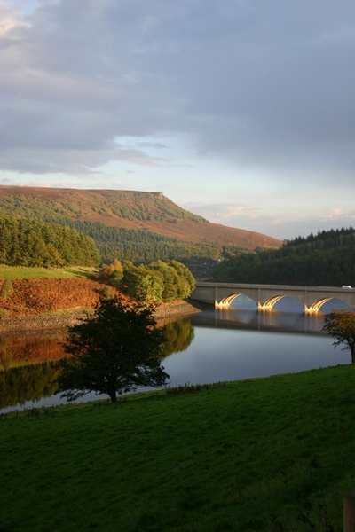 Ladybower Reservoir by TinyTog