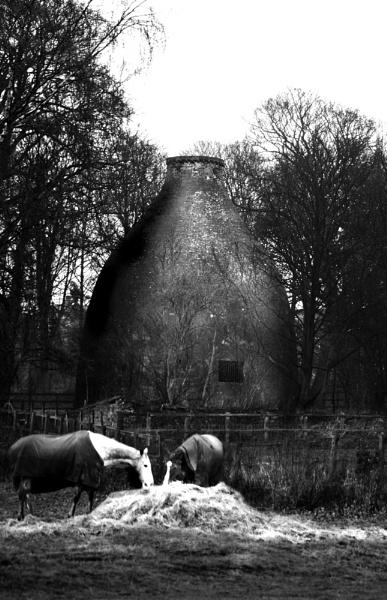 horses and kiln by iajacks