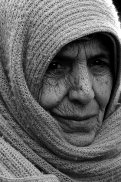 Woman by skoffs