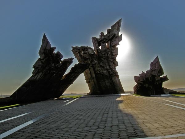 Kaunas Memorial by baillieswells