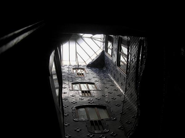 inside by wenphoto