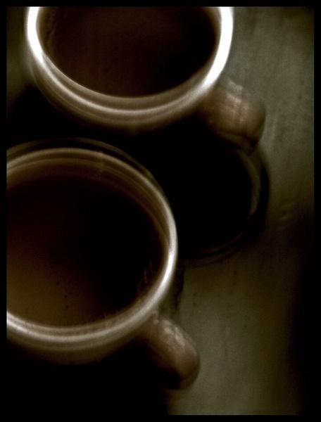 Shaking mugs by buddiems