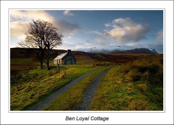 Ben Loyal Cottage by Sue_R