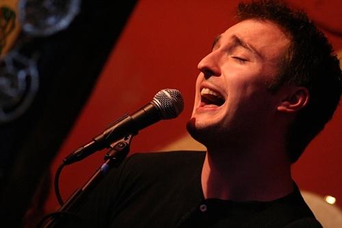 Singer by freybird