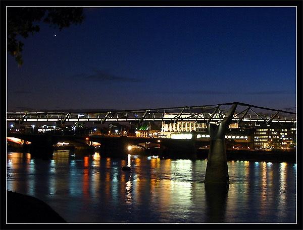 Millennium Bridge at Night by _estel_