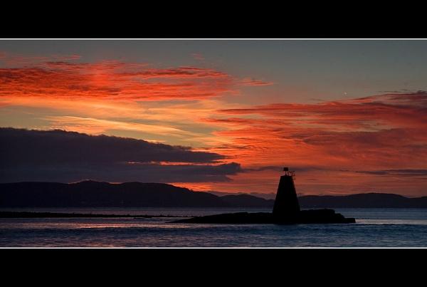 Penmon Sunrise by jeanie